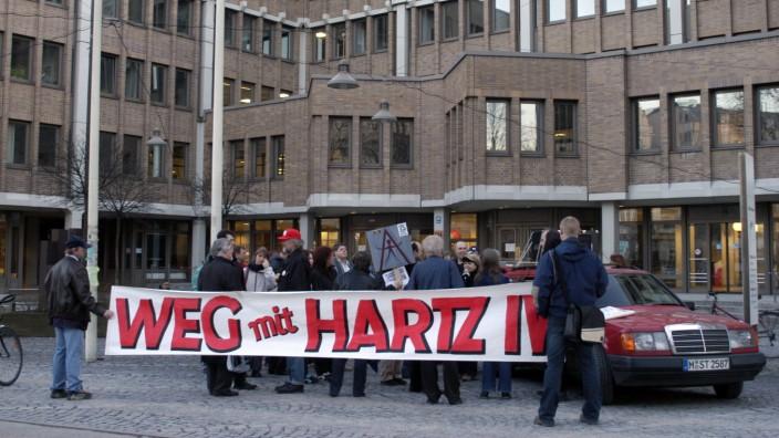 Montagsdemonstration gegen Hartz IV in München, 2005