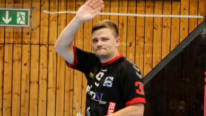 2. Handballbundesliga TuS Fuerstenfeldbruck - ASV Hamm-Westfalen 26.06.2021 Falk Kolodziej (FFB 9) verabschiedet sich vo