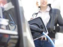 Fuel pump inside open car gas tank model released Symbolfoto SGF02786