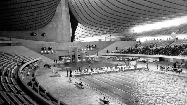 Yoyogi National Gymnasium Austragungsort der Schwimm und Wasserspringwettbewerbe der Olympischen S