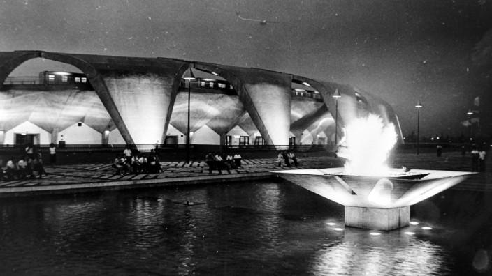 OLYMPICS KOMAZAWA MAIN STADIUM IN TOKYO JAPAN 10 JULY 1964 TOKYO Copyright Topfoto PUBLICATIONx