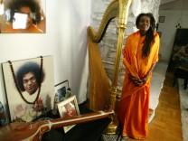 Alice and Ravi Coltrane at Home