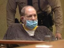 Prozess in Los Angeles: Harvey Weinstein plädiert auf nicht schuldig