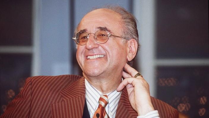 Nachruf Alfred Biolek: Der ehemalige Moderator Alfred Biolek wurde 87 Jahre alt.