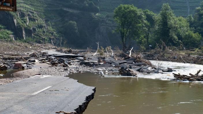 Flutkatastrophe Rheinland Pfalz - Mayschoß