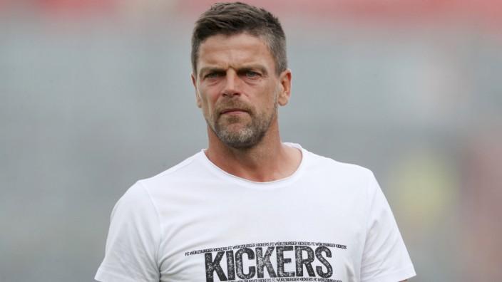 Freundschaftsspiele; FC Wuerzburger Kickers - FC Carl Zeiss Jena; 17.07.2021 Trainer Torsten Ziegner (FC Wuerzburger Ki