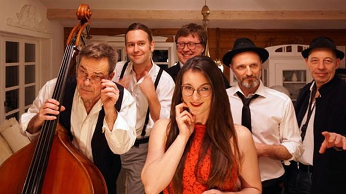 Kultur in Erding: Die sechs Musiker von Soul Screen spielen von Jazz über Funk und Weltmusik bis hin zu Soul.