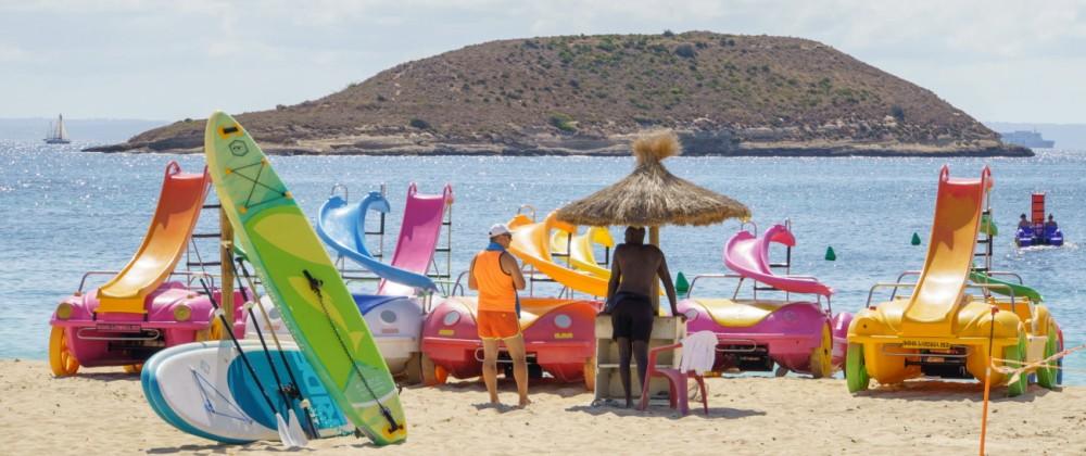 Magaluf auf Mallorca Spanien im zweiten Jahr der Corona-Pandemie Hochsaison Sommer 2021 -;Magaluf auf Mallorca Spanien