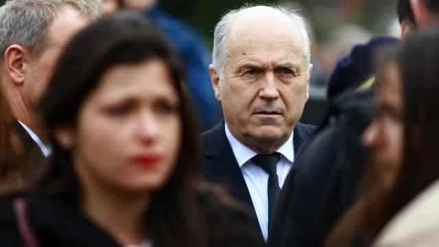 Der scheidende Hoher Repräsentant der internationalen Gemeinschaft, der Österreicher Valentin Inzko, erließ Ende vergangener Woche ein Gesetz, das die Leugnung des Völkermordes von Srebrenica unter Strafe stellt.