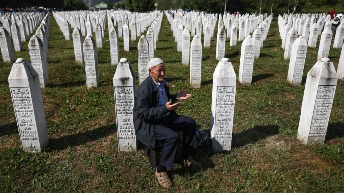 Die Erinnerungsstätte in Potocari bei Srebrenica für die mehreren Tausend Opfer des Massakers, das serbische Einheiten im Juli 1995 in der Kleinstadt anrichteten.