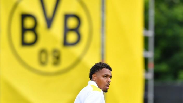 Fußball 1. Bundesliga Trainingslager Borussia Dortmund am 27.07.2021 auf der Sportanlage Ri Au in Bad Ragaz Donyell Mal