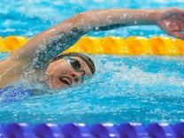Swimming - Women's 1500m Freestyle - Heats