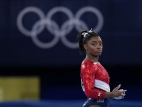 Turn-Superstar Biles sagt Starts in Olympia-Finals ab