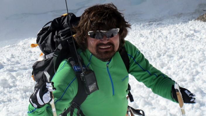 Fingerless South Korean mountaineer Kim Hong-bin goes missing