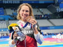 Olympia 2021 in Tokio 2020: Schwimmerin Sarah Köhler mit der Bronzemedaille