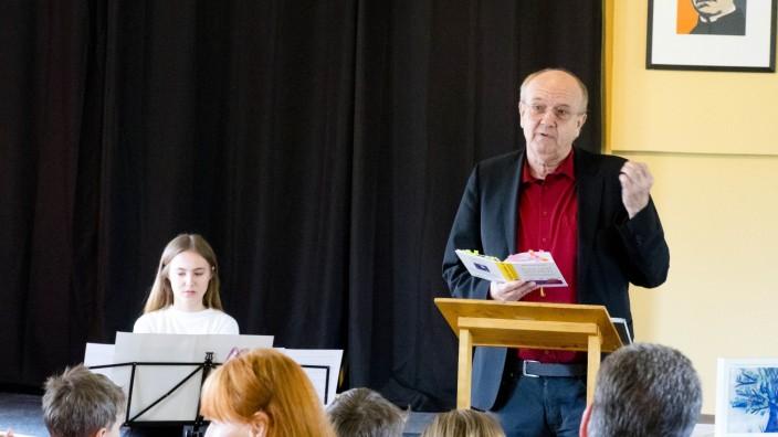 Bernhard Winter liest Gedichte.