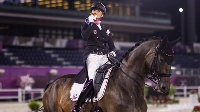 Tokyo Tokio, 28.07.2021, Japan, Olympic Games von BREDOW-WERNDL Jessica (GER) wins Gold medal Reiten Equestrian - Grand; Olympia