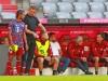 FC Bayern: Trainer Julian Nagelsmann gibt 7 Serge Gnabry Anweisungen