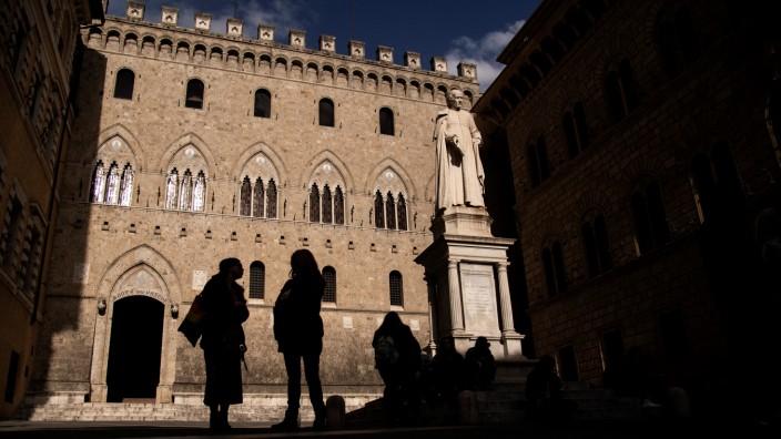 Banken: Die Ursprünge des Palazzo Salimbeni in Siena reichen bis ins 12. Jahrhundert zurück. Monte dei Paschi residiert bereits seit der Gründung 1472 hier.