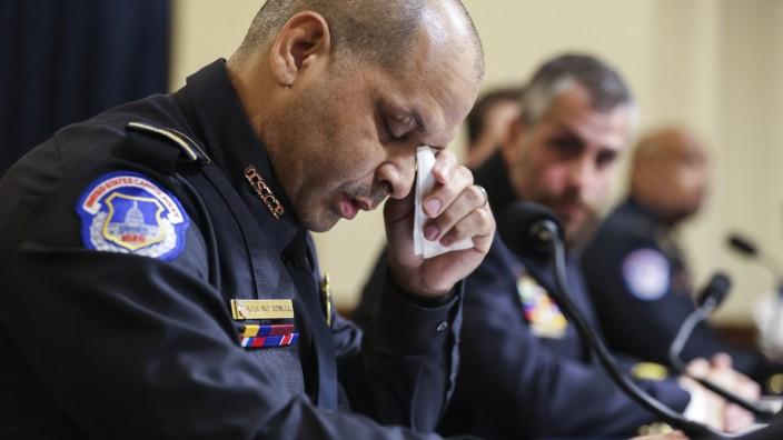 Sturm auf das Kapitol: Ein ein idealistischer Underdog wie aus dem Film: U.S. Capitol Police Sgt. Aquilino Gonell während seiner Anhörung vor dem Komitee des US-Kongresses.