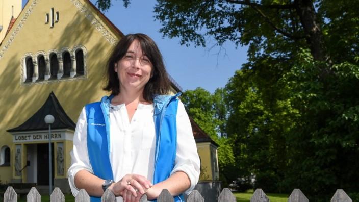 Seenotrettung: Pfarrerin Sandra Gassert aus Penzberg betreut Besatzungsmitglieder von Schiffen, die Flüchtlinge aus dem Meer retten.