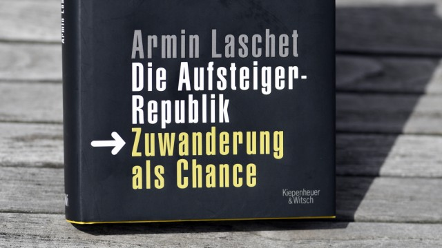 """Laschets Buch ´Die Aufsteigerrepublik. Zuwanderung als Chance"""""""