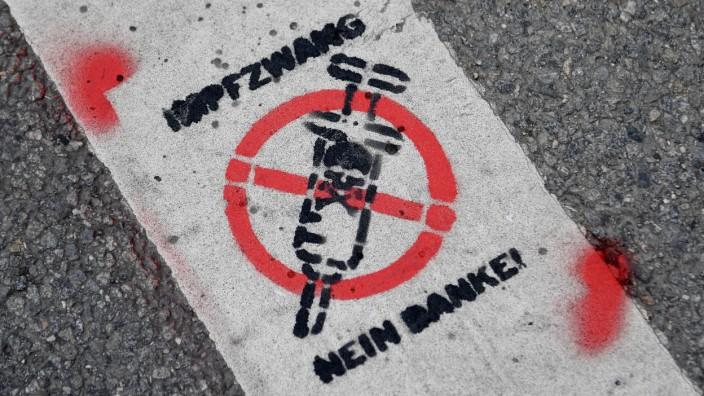Demonstration gegen die Corona-Einschränkungen - München