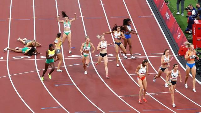 Athletics - Mixed 4 x 400m Relay - Final