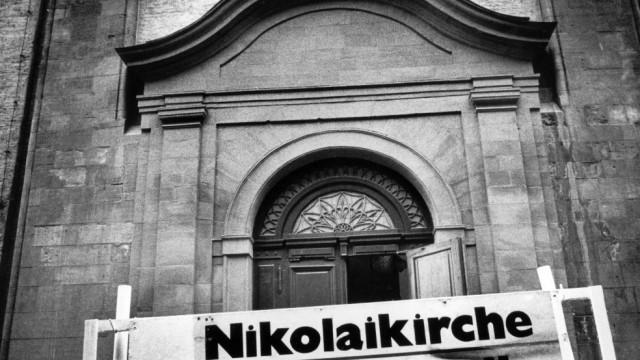 Nikolaikirche in Leipzig, 1992; Mauerfall Wiedervereinigung