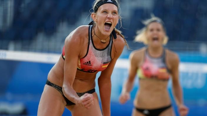 Beach Volleyball - Women - Round of 16 - Germany (Ludwig/Kozuch) v Brazil (Agatha/Duda)