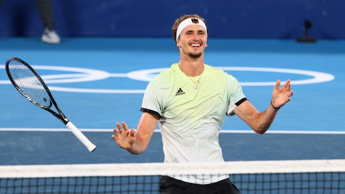 Tennis - Men's Singles - Gold medal match