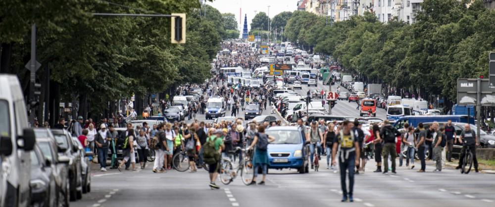 Demonstrationsverbot in Berlin -Versammlung in Charlottenburg