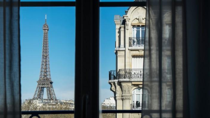 """Roman """"Hugo Gardners neues Leben"""": Noch einmal 70 sein: Der Held in Louis Begleys neuem Roman sucht die Liebe in Paris."""