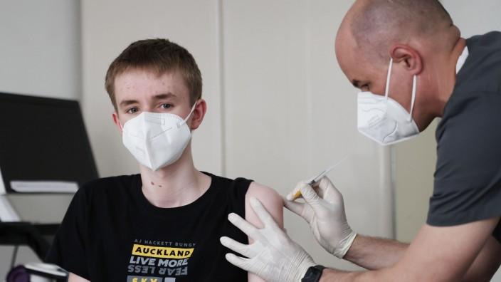 Coronavirus -Impfungen von Jugendlichen