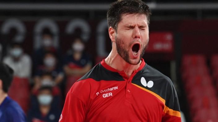 Olympia: Jubel über den Halbfinal-Einzug im Teamwettbewerb: Deutschlands Tischtennis-Topspieler Dimitrij Ovtcharov.