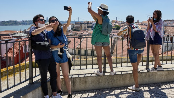 Tourism Activity Decreases In Lisbon Due To Restrictions Imposed on Travel In Face Of Delta COVID-19 Variant