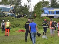 Nahe deutscher Grenze: Tote bei schwerem Unglück mit Alex-Zug in Tschechien