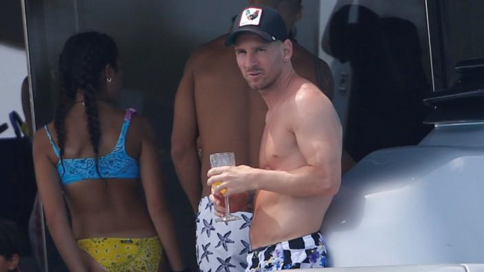 Messi macht Urlaub auf Ibiza