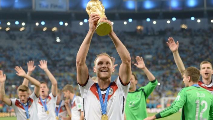 Nationalmannschaft: Benedikt Höwedes feiert den WM-Titel in Rio