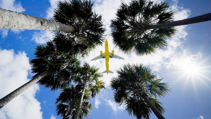 Corona Aktuell Usa Lockern Einreisebeschrankungen Politik Sz De