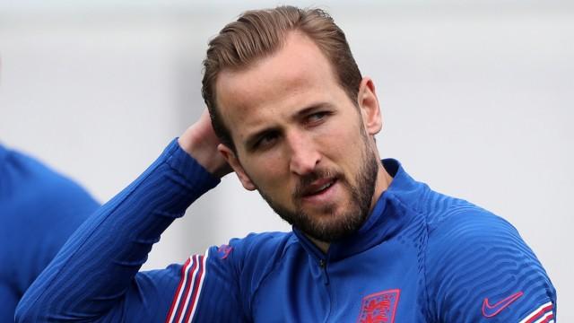 Training England - Harry Kane