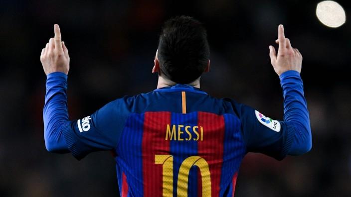 FILE: FC Barcelona Announces Lionel Messi To Leave The Club FC Barcelona v RCD Espanyol - La Liga