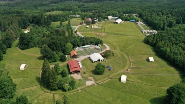 Farm der Zirkus-Tiere: Die Circus-Krone-Farm bei Weßling hat ihren Tieren ein zwölf Hektar großes Areal zu bieten.