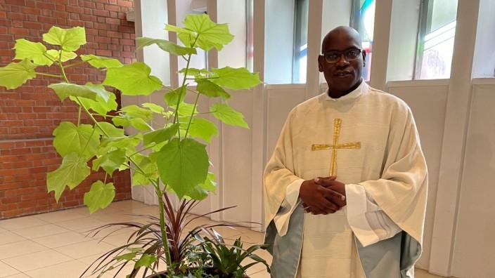 10 Jahre Priester Pater Bartholomew Aondo