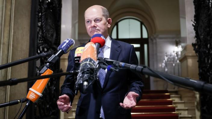 Olaf Scholz (SPD), ehemaliger Erster Bürgermeister von Hamburg, nach seiner Aussage im Cum-Ex-Ausschuss im April.