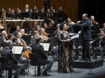 Salzburger Festspiele: Kinderchöre und Sirenengesänge