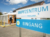 Niedersachsen: Tausende Spritzen sollen Kochsalzlösung statt Impfstoff enthalten haben