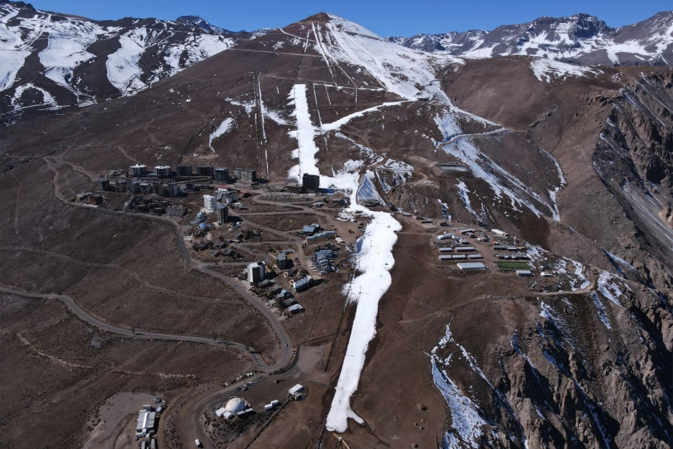 Mega Drought Forces Early End of Ski Season In Chile