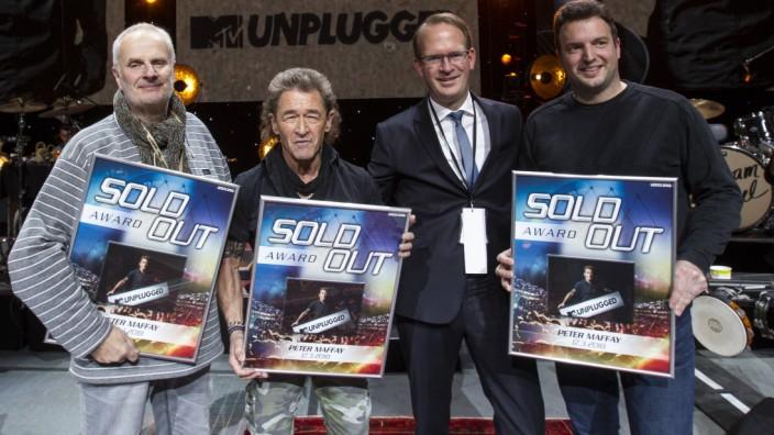 Peter Maffay MTV unplugged 2018 LanxessArena Koeln Deutschland Datum 17 03 2018 Von links Roland B
