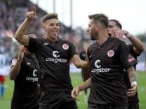 2. Bundesliga - St. Pauli v Hamburger SV